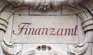 Finanzamt (Bild: BHKW-Infothek, DALIBRI, CC-BY-SA 3.0)