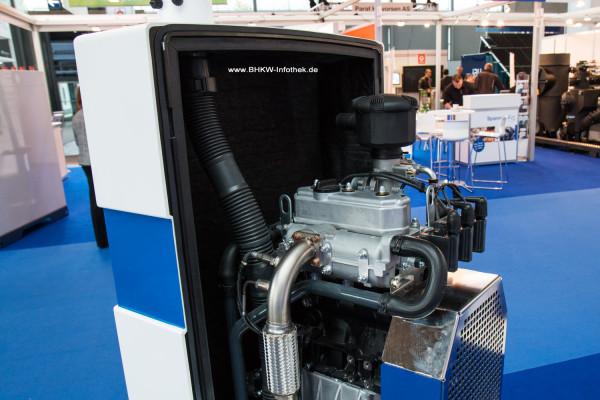 IAV Mikro-BHKW mit 1KS-Motor von Toyota auf der Hannover Messe 2015