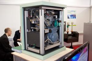 M-AT5 von Motoren-AT auf der Hannover Messe 2011